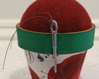 Sewing #211: Stick-It-To-Me! Pin Cushion