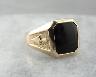 Subtle Masonic Symbols, Vintage Mens Black Onyx Ring  N4TJ3H-R