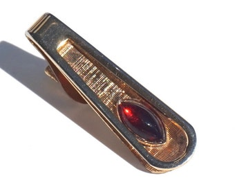 Vintage Art Deco Style Tie Clip with Ruby Red Stone,Small Tie Bar Good for Skinny Tie,GoldTone Tie Clasp,July Birthstone Jewelry,Formal Wear