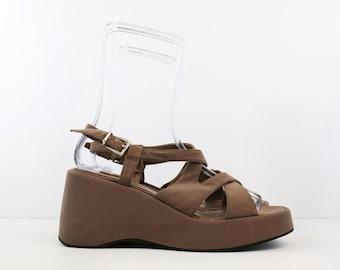 Vintage Taupe Nine West Platform Wedge Sandals size 8/9