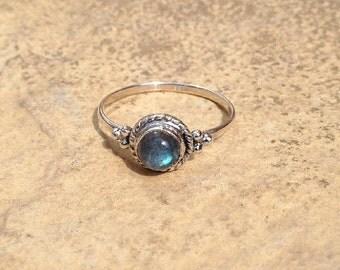 Labradorite Ring/ Silver Labradorite Ring/ Navajo Ring/ Sterling Silver Labradorite Ring/ Boho Ring/ Silver Boho Ring/ / Mothers Day Gift