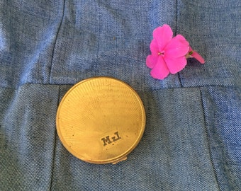 Vintage Gold Compact, Richard Hudnut, Round, Mirror, Made in US, Initials, Powder Compact, Good Condition, Vintage 1950s