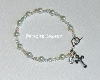 White Glass Peal, First Holy Communion, Baptism Catholic Rosary Bracelet, Cross Crucifix and Miraculous Medal Charm, Glass Bead, Bracelet