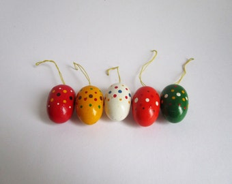 Collection of 5 hand painted Easter eggs ornaments, Erzgebirge home decoration, German vintage