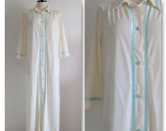 Gossard Artemis Vintage Button Down Nylon Robe Small