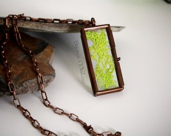 Real Green Moss Copper Locket Necklace Hinged Glass Locket Nature Jewellery Green Moss Necklace Rectangular Locket Copper Chain See-through
