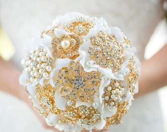 Custom Gold Brooch Bouquet - Bridal Bouquet, Wedding Bouquet, Jeweled Bouquet, Silk Flower Bouquet, Bridesmaids bouquet - 7 inch Bouquet