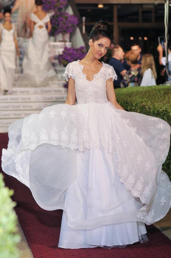 Country Rustic Wedding Dress Silk Wedding Dress Lace Wedding