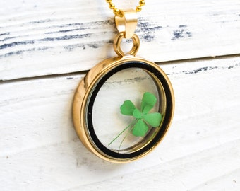 Four-leaf clover lucky necklace