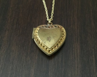 locket, locket necklace, vintage locket,  vintage necklace, gold locket, heart locket, heart necklace, gold heart necklace, heart pendant
