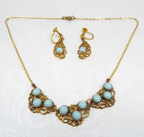 Vintage / Gold Filigree + Turquoise Matching Necklace Screw Earrings Set / Czech?