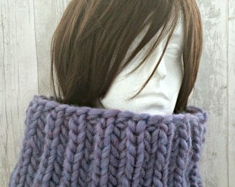 Chunky Knit Scarf, Oversized Scarf, Hand Knitted Scarf, Knit Infinity Scarf, Circle Scarf, Winter Scarf, Birthday Gift for Sister