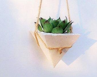 Set of 3/Hanging planters/White Concrete planters/Succulente Planters/White Planters/ Hanging White Planter/White Concrete/Outdoor planters
