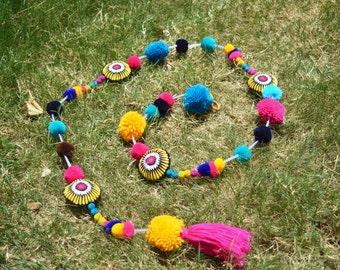Pompom garland, multicoloured, handmade, gift, bohemian, home decor, size 1 mt