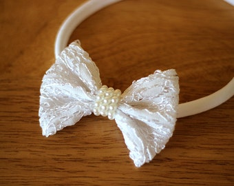 White lace hair bow headband or hair clip, baby white hair bow, flower girl headband, white lace bow, wedding white flower girl hair bow