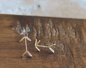 Arrow Stud Earrings - Arrow Earrings  - Tiny Arrow Earrings - Gold Arrow Earrings - Boho Earrings