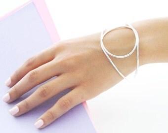 Geometric Solid Silver Bangle, Wire Bangle, Modern Bangle, Simple Bracelet, Handmade Bangle Bracelet, Designer Bracelet, 925 Solid Bangle