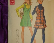 1960s 60s Vintage Mini Jumper Tunic Pleated Skirt COMPLETE Butterick Pattern 5592 Bust 33 Inches 84 Metric
