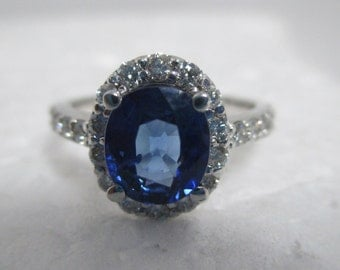 Vintage 14 kt Yellow Gold Blue Sapphire & Diamond Ring.
