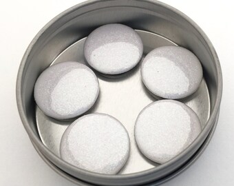 White Glitter Magnet Set