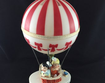 Vintage Dolly Toy Company Hot Air Balloon Decorative Lamp