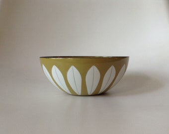 Cathrineholm Norway Lotus Serving Bowl