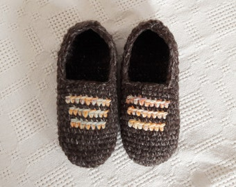 brown crochet slippers, brown man house slippers, crochet shoes, friend gift, size / 80
