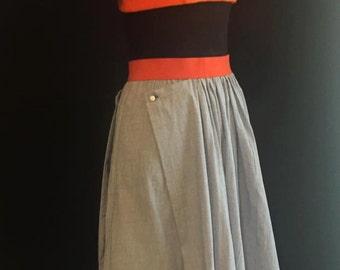 Midi length skirt