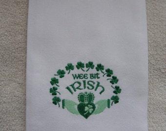 IRISH TOWEL.Irish Kitchen towel.Irish dish towel.Tea towel.St.Patricks Day.Embroidered Irish towel.shamrocks.Irish.Celtic Towel.