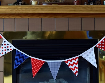 Independence Day Fabric Banner Bunting, 4th of July flag decoration, photo prop, USA Patriotic Celebration Banner, July 4th Party Banner