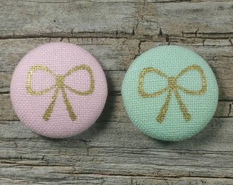 Pink or mint gold bow print fabric covered buttons (size 40, 32)