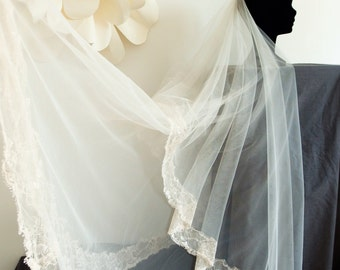 Romantic, boho wedding veil