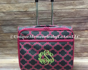 Geometric Quatrefoil 3 Pc Rolling Luggage Set with FREE name