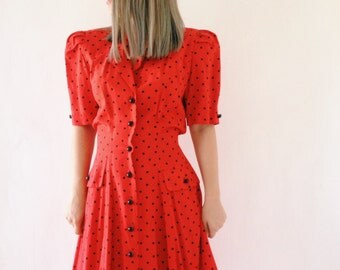 Vintage rétro red with black dots dress from the 80s