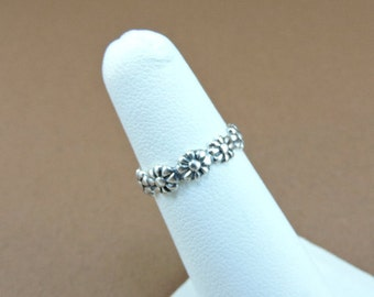 Size 4 Adjustable Sterling Silver Flower Toe Ring