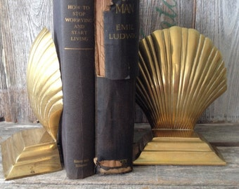 SALE Vintage Brass Seashells Clamshells Set of 2 Bookends, Vintage Brass Nautical Bookends