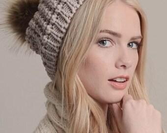 LUCERO - beanie pom hat