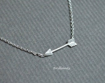 Arrow necklace in silver, Bridesmaid jewelry, Everyday necklace, Wedding necklace