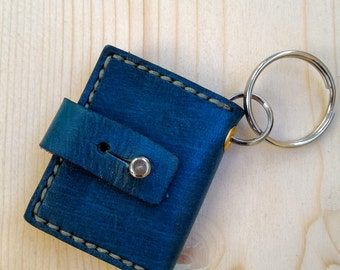 Photo book key holder, photo case keyring, pocket picture holder for every day carry
