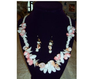 Vintage Natural Sea Shell Necklace and Earrings - free shipping