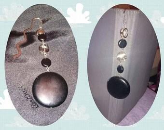 Bookmark black and white beads