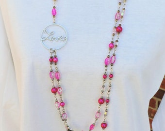Hot pink pearl love necklace