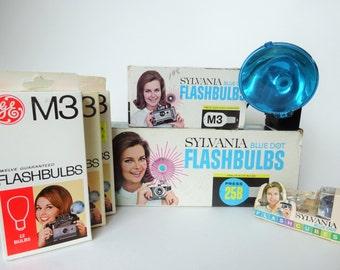 Vintage Photography - Sylvania - Blue Dot - Flashbulbs - Flash - Polaroid Flash Lot