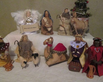 Primitive Nativity Scene - 14 piece set - Complete with Wise Men & Gifts, Angel and Shepherd with sheep