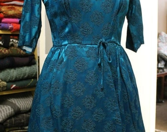 Vintage Handmade 1950's  Scoop Neckline Dress with Bow around the Waist