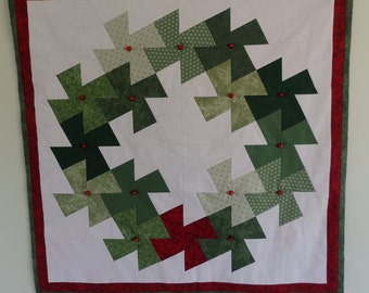 Christmas Wreath Quilted Wall Hanging