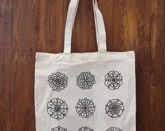 Tote Bag handmade, graphic flowers pattern
