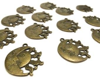 Antique Bronze Sun&Moon Pendants (5 pcs)