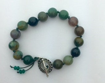 Green Jasper with clasp, total length 7.5 onches