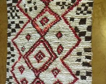 "QUEEN OF DIAMONDS- Vintage Moroccan Azilal rug  4'6"" x 7'0"" #166"